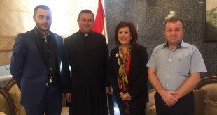 الاب شموئيل الشماس اثنييل يزور سفارة جمهورية العراق في عمان