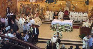 راعي ارسالية كنيسة المشرق الآشورية في عمان، يشارك في مراسيم صلاة الجناز والدفنة لمدير عام المدارس البطريركية اللاتينية في فلسطين والجليل