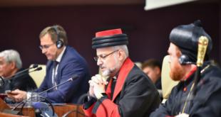 نيافة الأسقف مار عبديشوع أوراهام، ممثلا لكنيسة المشرق الآشورية في مؤتمر السلام في باريس