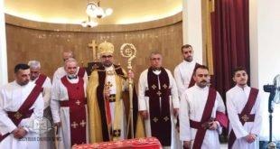 نيافة الاسقف مار أبرس يوخنا، يرسم شماسين في كنيسة مار جيوارجيس في بيروت