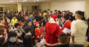 حفل توزيع هدايا في رعية مار جيوارجيوس، أبرشية لبنان