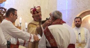بوضع اليمين المباركة لقداسة البطريرك مار كيوركيس الثالث صليوا، اقتبال عشر مؤمنين لدرجات شماسية مختلفة في بغداد