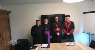 نيافة الأسقف ما عبديشوع أوراهام  يمثل كنيسة المشرق الآشورية في العلاقات الكنسية في هولندا