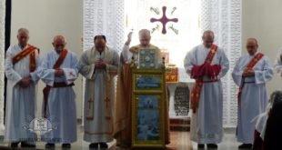 نيافة الأسقف مار عبديشوع أوراهام يزور رعية الربان هرمز في بايرن في مدينة أوكسبورك، ورعية مار اوكين طوانا في النمسا في مُدن براوناو أم إين ولينز-أستين وفينا