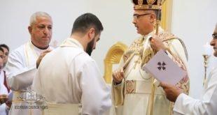 تمهيداً لرسامته الاسقفية، غبطة المطران مار ميلس زيا، يرسم الخورأسقف نرساي يوخانس، لدرجة الاركذياقون